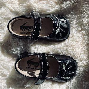 See Kai Run - Black Toddler Patent Maryjanes 5.5c